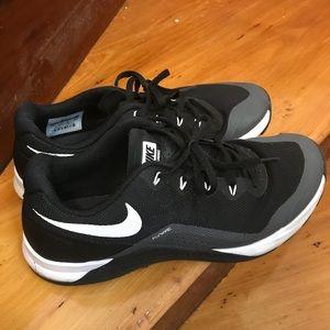 Nike Shoes   Nike Flywire Training